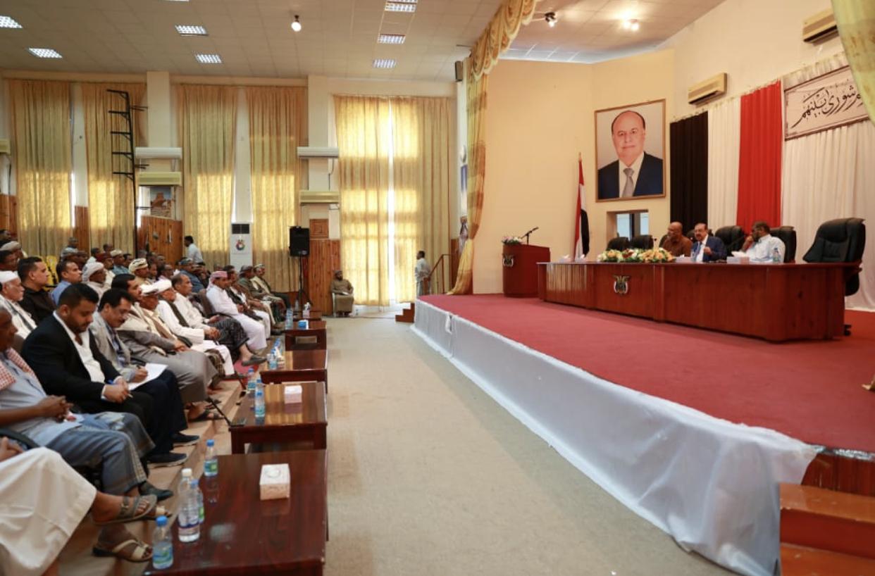صحفي يمني يصف البركاني في ذكرى تأسيس المؤتمر بالقائد الوطني على درب المؤسس الراحل